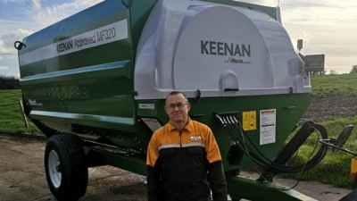 Rob Kirk with his KEENAN diet feeder