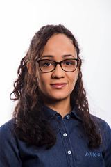 Carolina Farias profile image