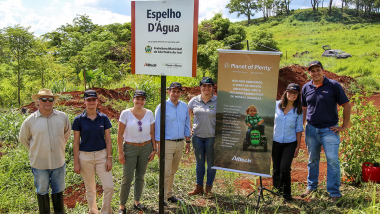 Alltech promove ação de reflorestamento em São Pedro do Ivaí (PR)